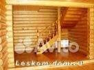 Лестница в доме из оцилиндрованного бревна, бань Строительство бань, деревянных домов под ключ - строительная...
