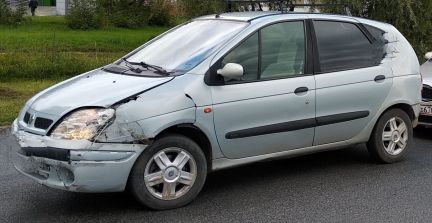 Renault Scenic 1.4МТ, 2000, минивэн, битый объявление продам