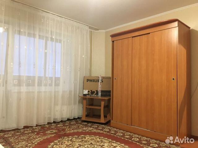 В комнате есть все необходимое для проживания, мебель и бытовая техника.