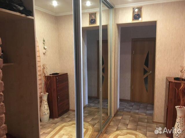 Продается двухкомнатная квартира за 2 646 000 рублей. Красноярск, улица Мичурина, 39.