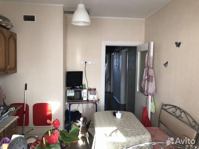 Продается трехкомнатная квартира за 5 500 000 рублей. г Салехард, ул Республики, д 71.