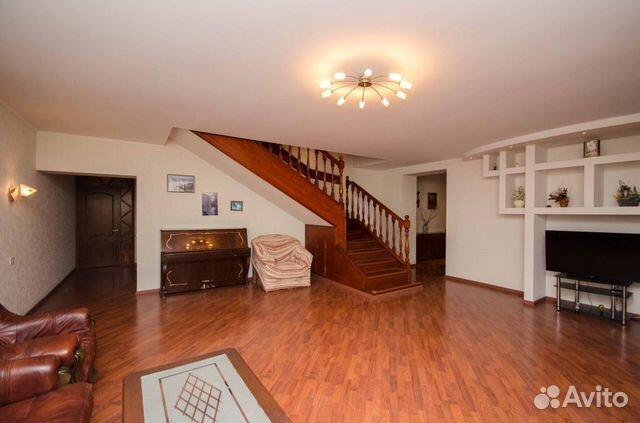 Продается многокомнатная квартира за 6 800 000 рублей. улица Рахова, 61/71.