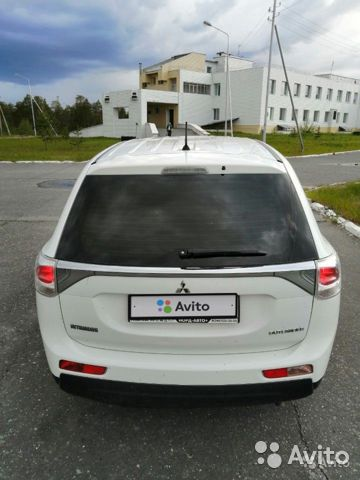 Mitsubishi Outlander, 2012  89120714352 купить 2
