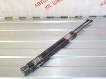 Амортизаторы крышки багажника Мерседес Бенц W164