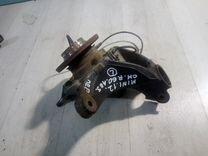 Mini cooper Countryman R60 кулак передний левый