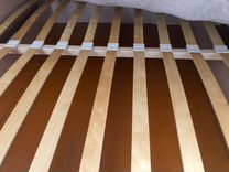 Двуспальная кровать в комплекте с матрасом