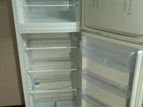 Холодильник Indesit 167см