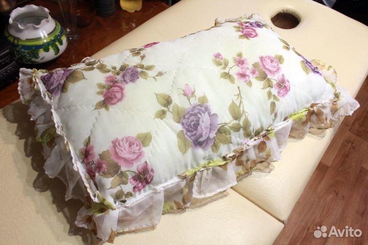 Подушка шелковая широкая